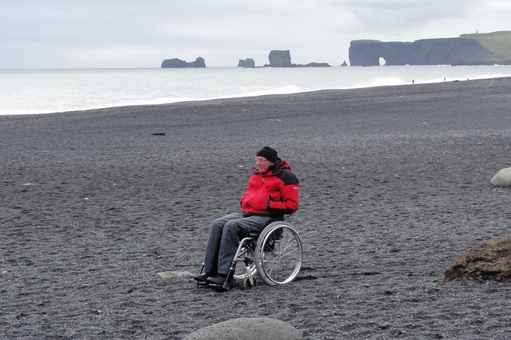 Reynisfjara Beach - View of Dyrhólaey - Iceland accessible tours