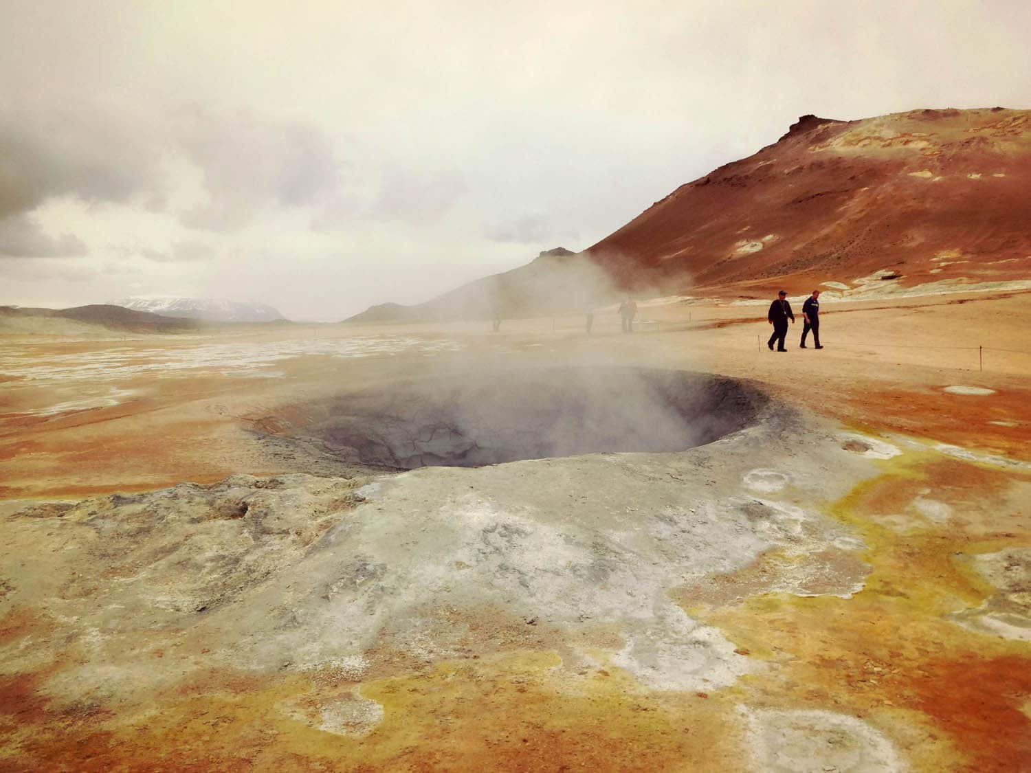 Iceland self drive tour 8 days