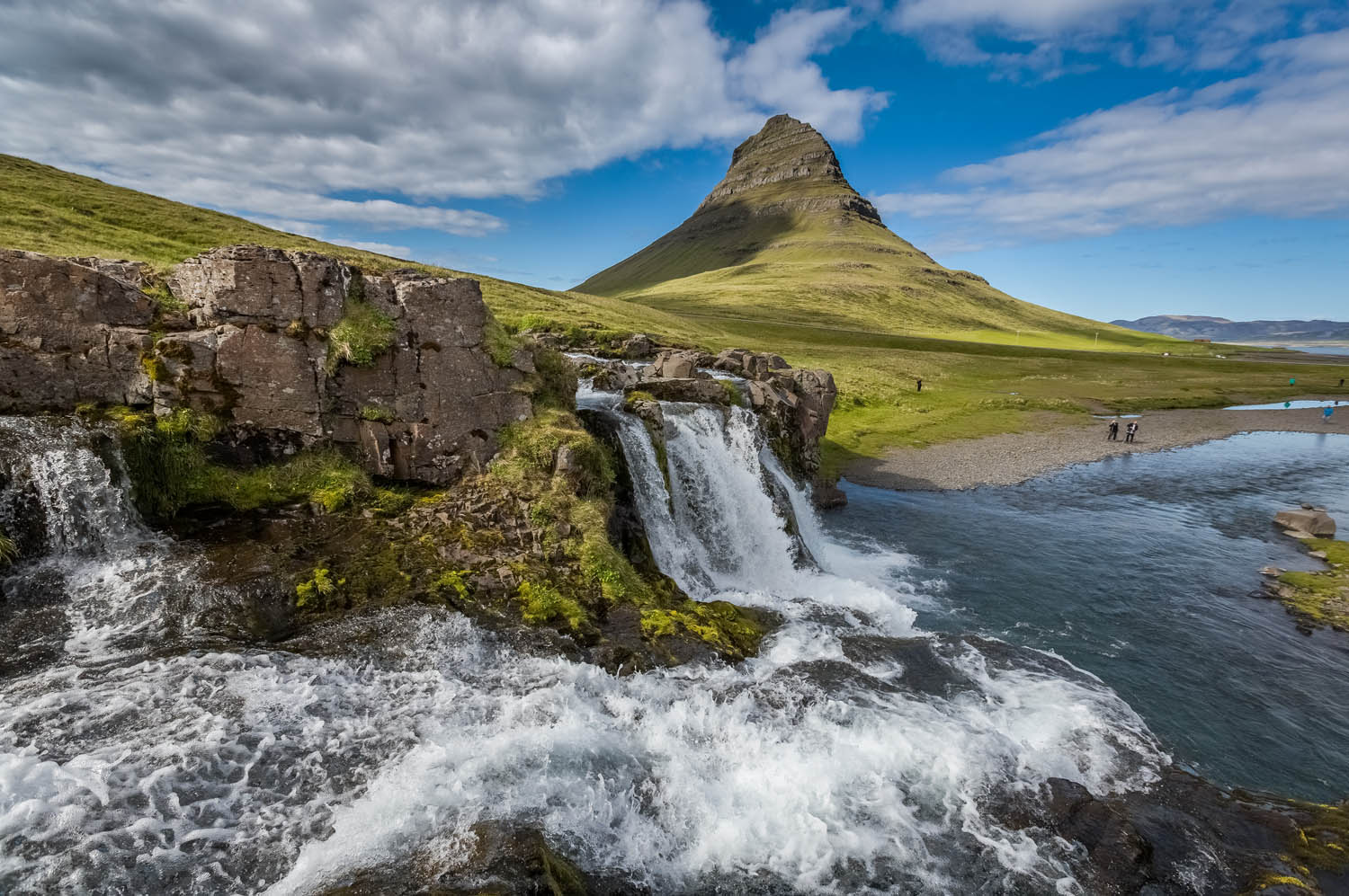 Kirkjufell mountain in summer - 10 days in Iceland