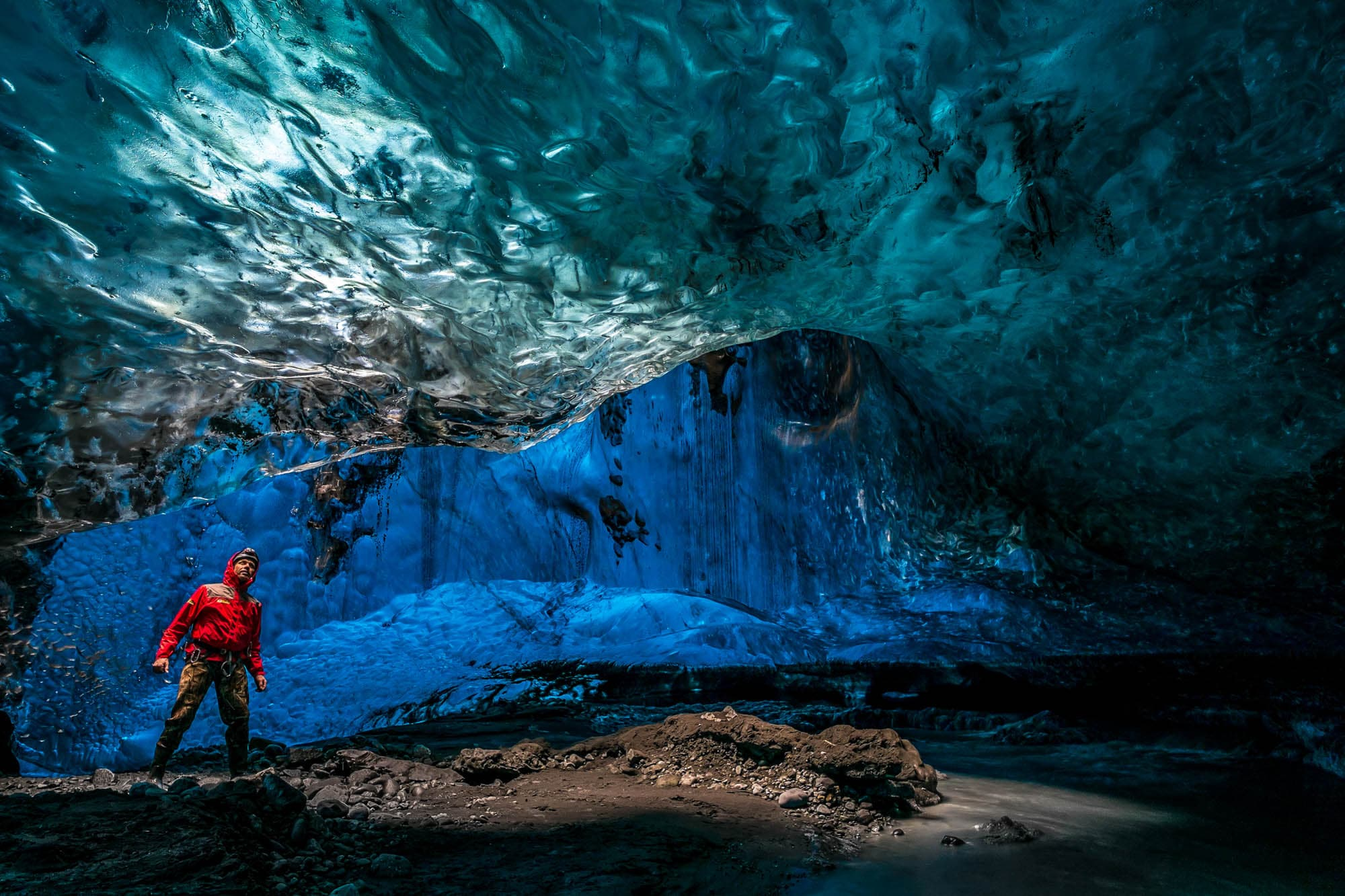 iceland ice cave tour by vatnajökull glacier