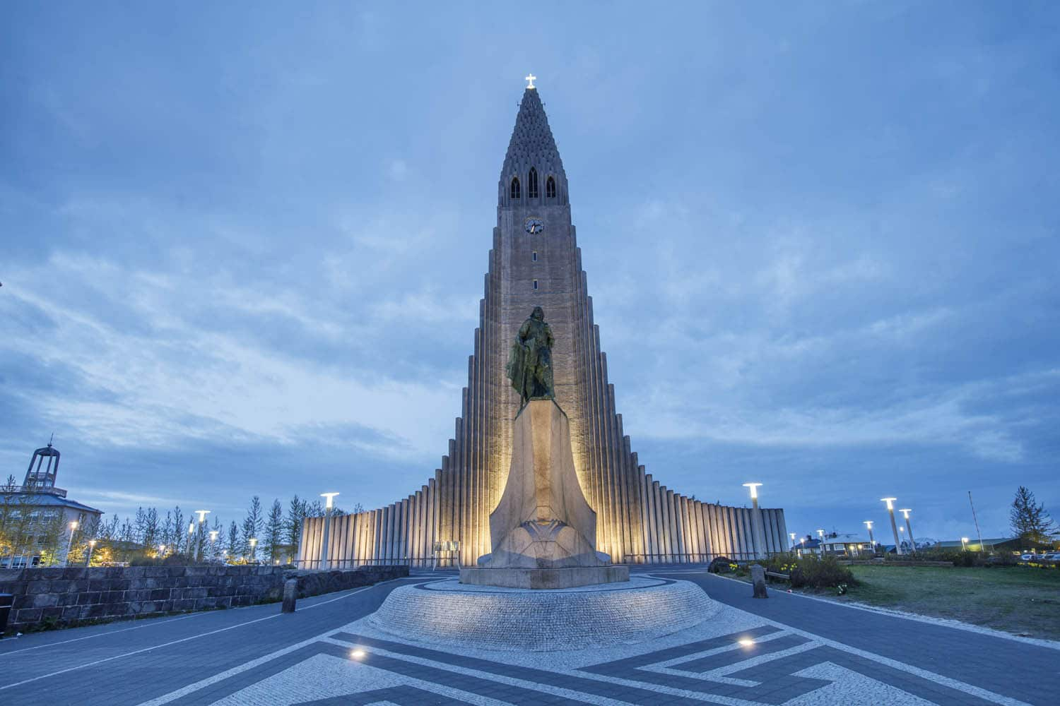Beautifully lit Hallgrímskirkja at dawn