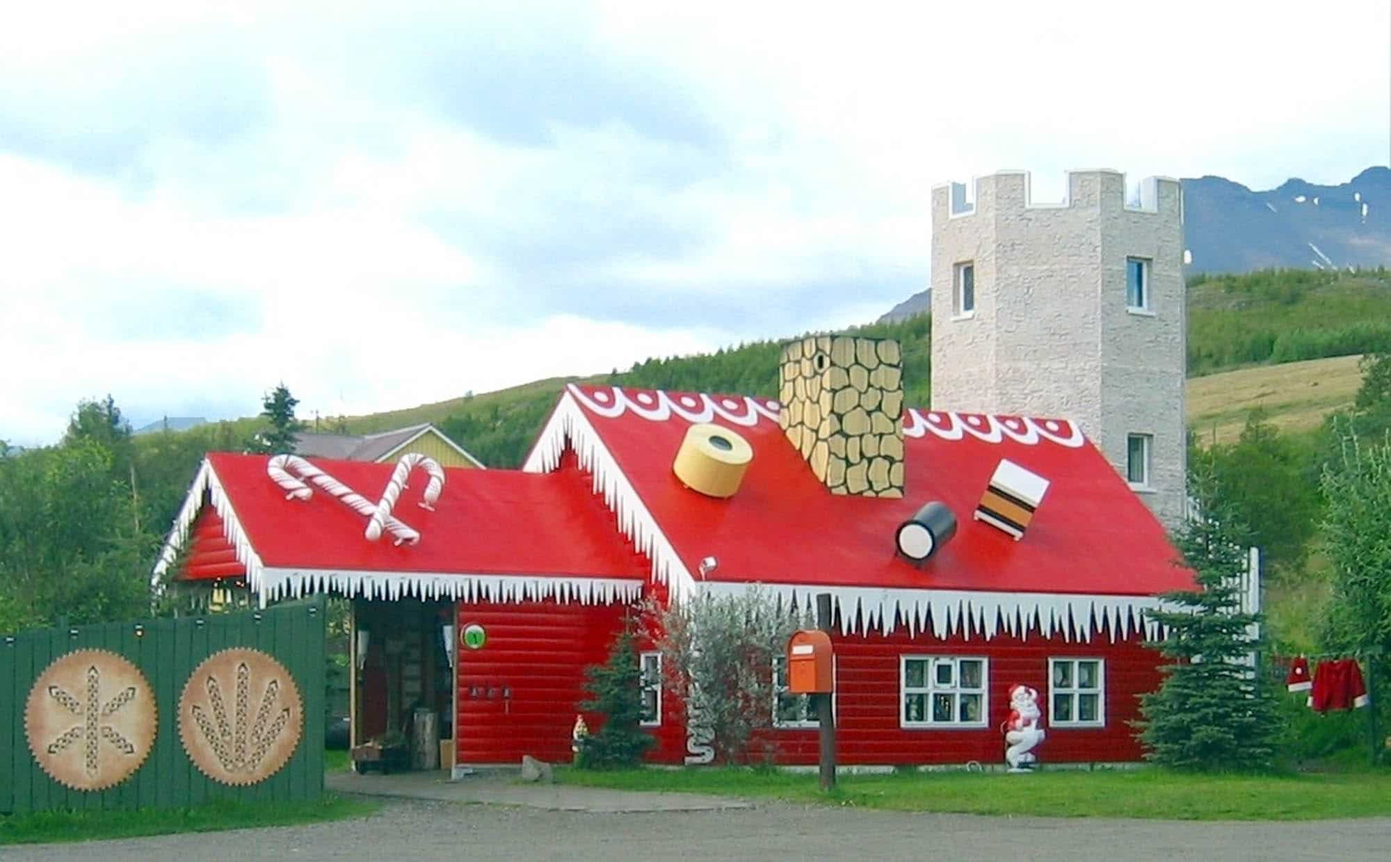 The Christmas house in Akureyri - Iceland for families