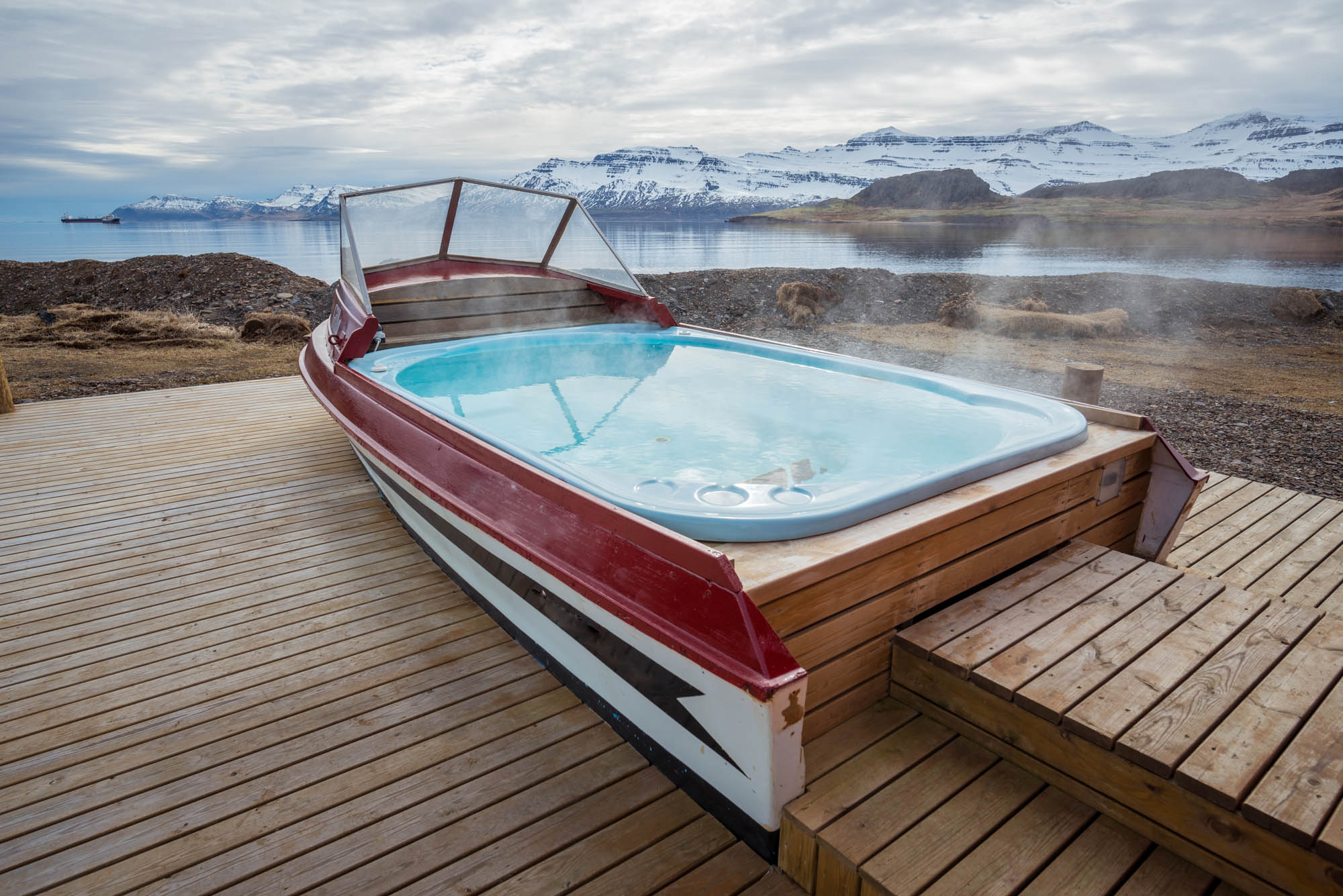 Hot tub on the East Coast of Iceland - Iceland with children