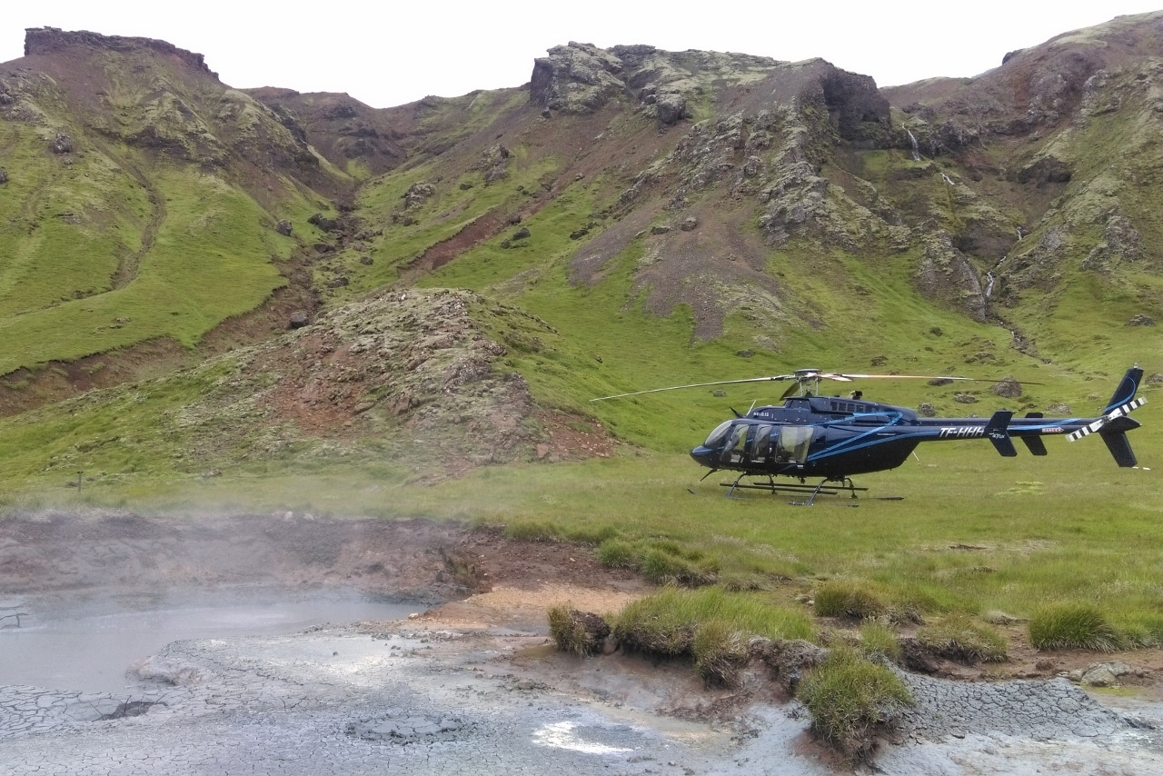 Helicopter Iceland - Agnes LeFranc